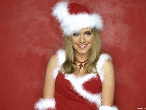 Блондинка в новогоднем костюме 1 600px × 1 200px